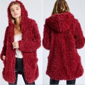 Last One⚡️Medium Ruby Red Coat